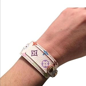 🎈Louis Vuitton White Multicolor Leather Bracelet